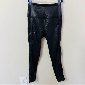 Beyond Yoga Black Pearlized Leggings Size Sm A14